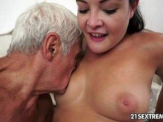 Teen cutie's kinky picnic with a grandpa 10 min